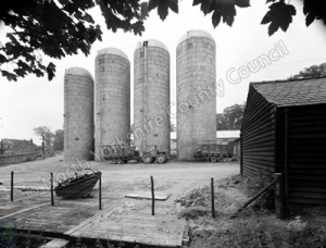Silo's, Harewood Estate